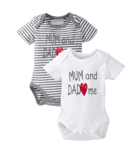"Baby Body mit ""Mum and Dad love me""- Print"